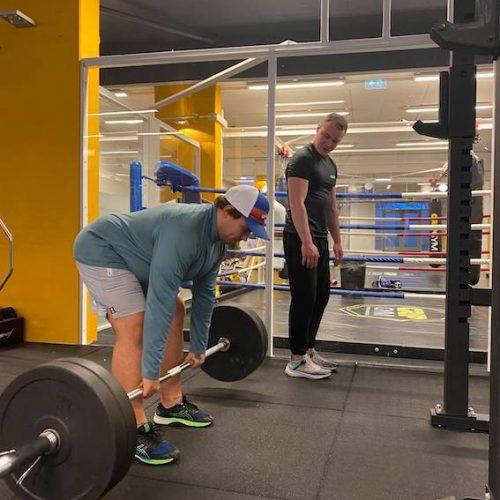 styrkeløft-golding-pt-personlig-trener-treningssenter